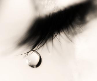 lacrimazione-eccessiva-occhi